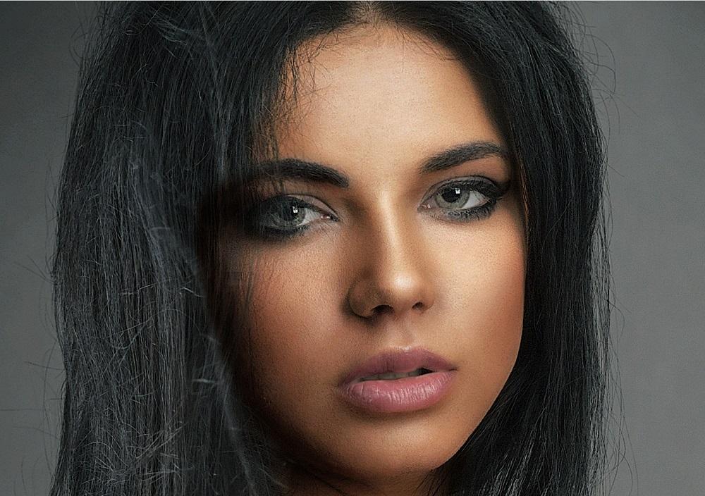Lila as Woman